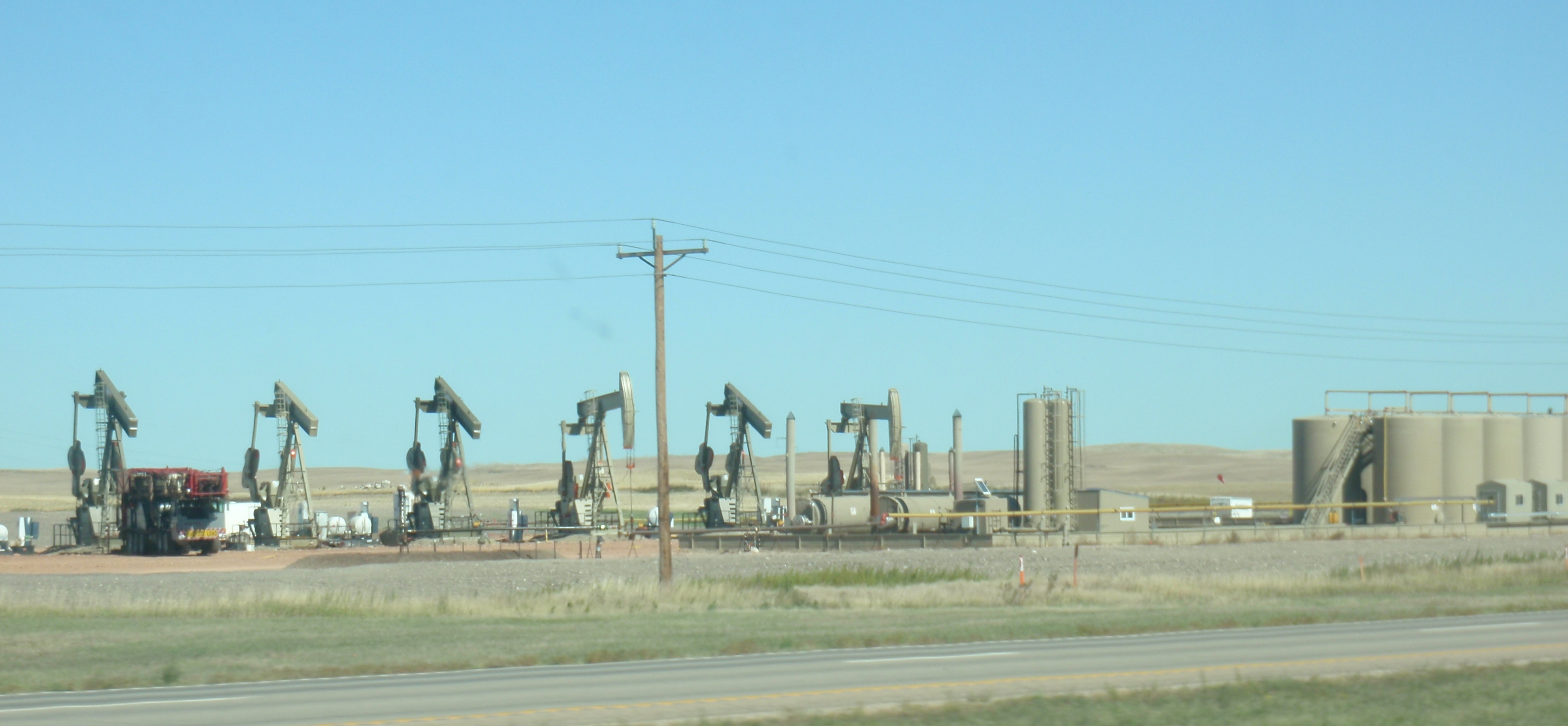6 wells just about ready to start producing. Photo by James Ulvog.