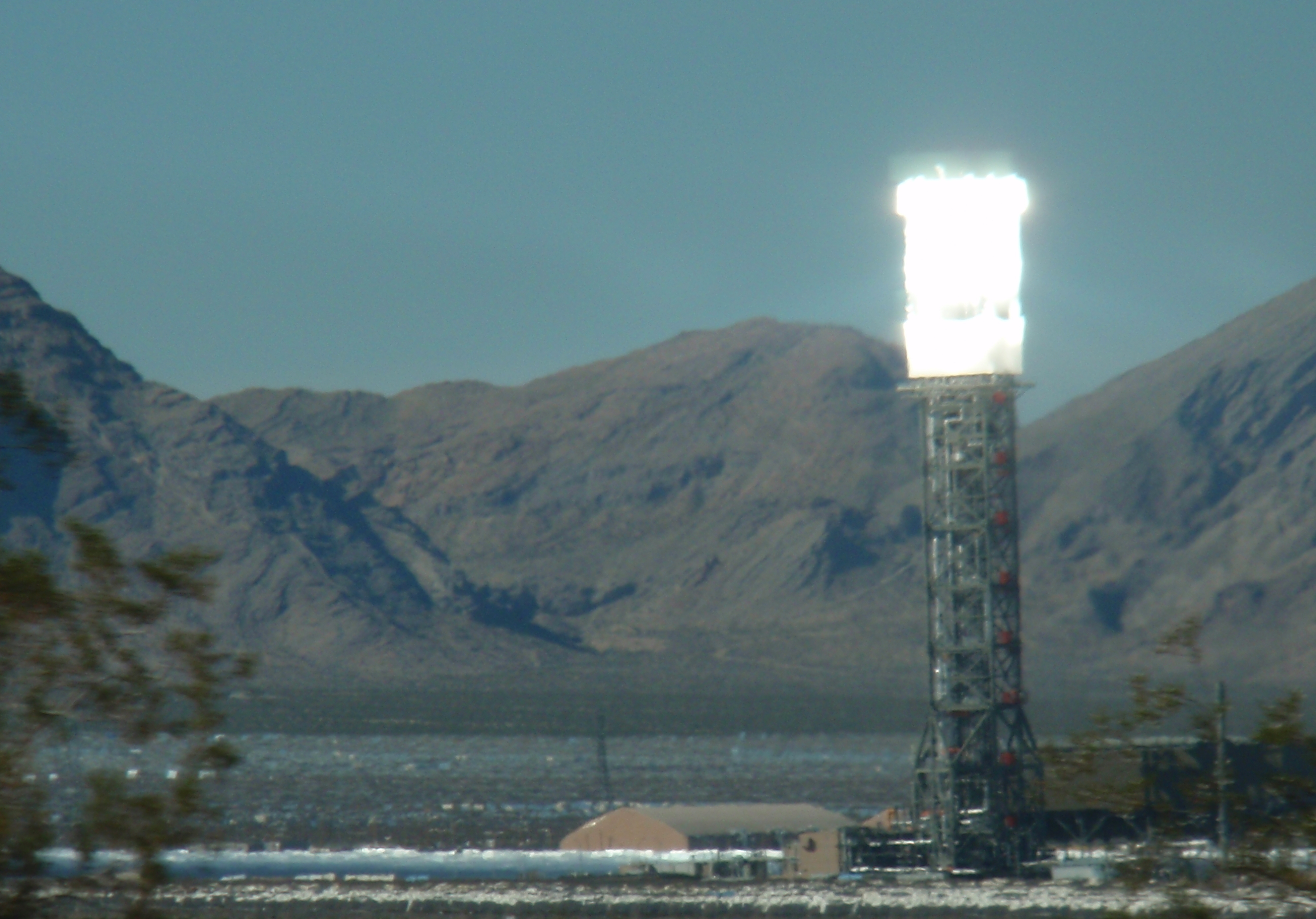 Ivanpah facility toasted itself instead of birds on Thursday. Photo by James Ulvog.