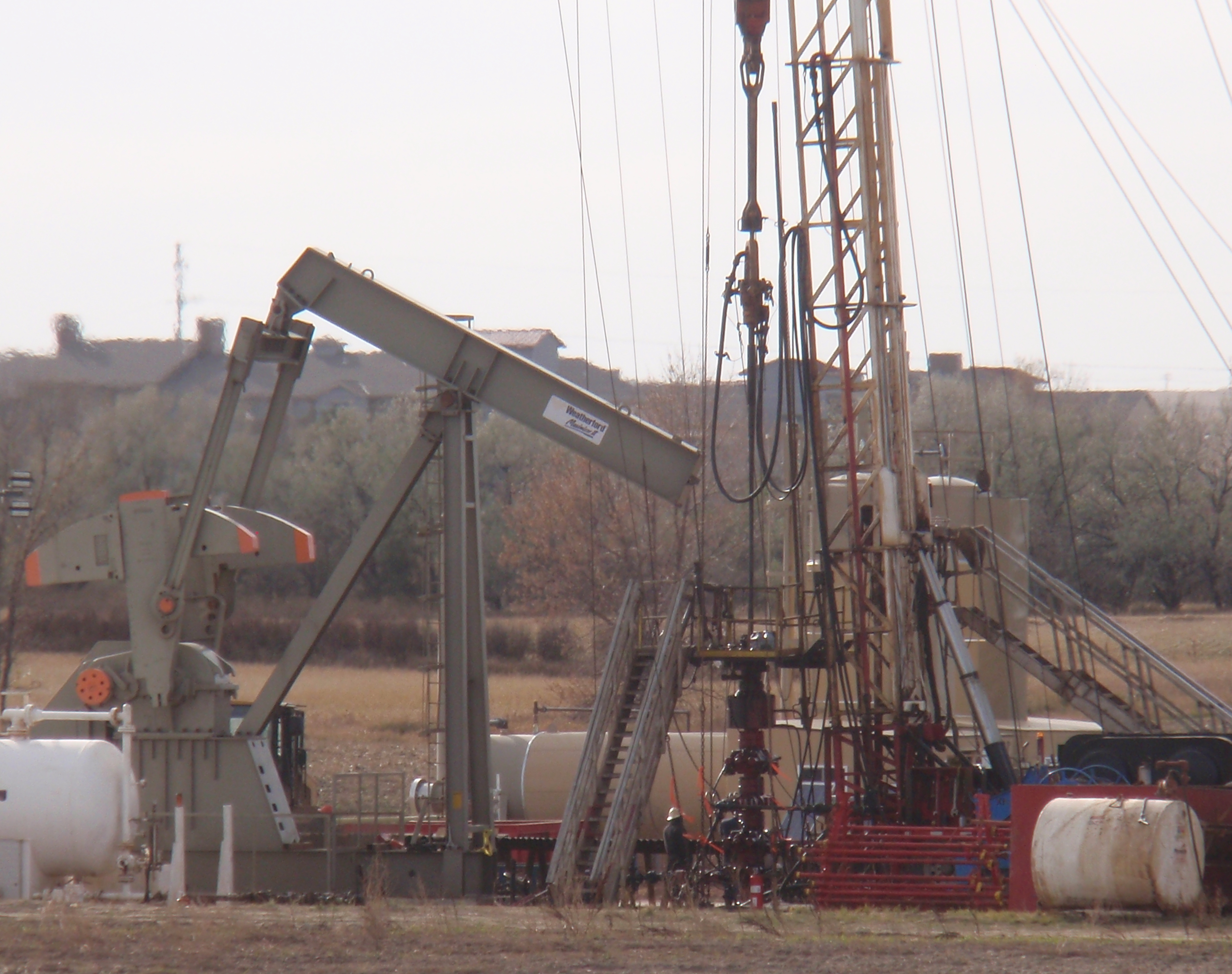 Closeup of workover rig. Photo by James Ulvog.
