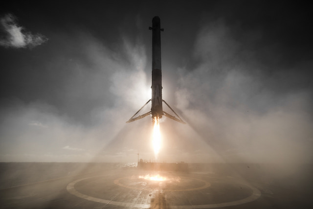 Falcon 9 landing. Credit Flickr. Courtesy of SpaceX who has placed their photos in the public domain.